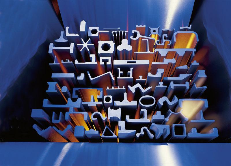 extrusie profiel in staal